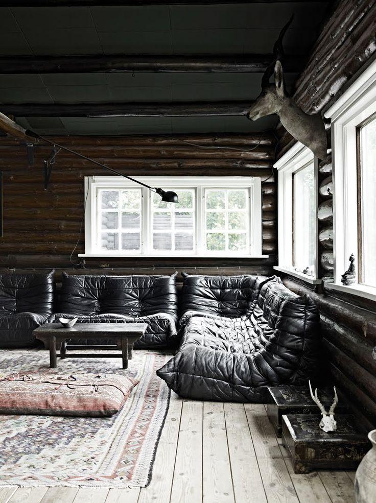 milla boutique. Black Bedroom Furniture Sets. Home Design Ideas